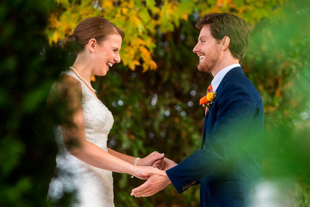 Casamento no campo  Saiba qual a roupa ideal para a ocasião! 6090a761c0