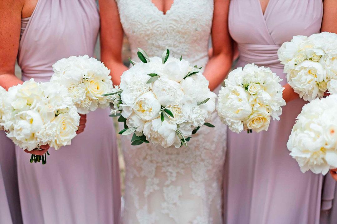 Quais as flores mais adequadas para decorar em um casamento no campo