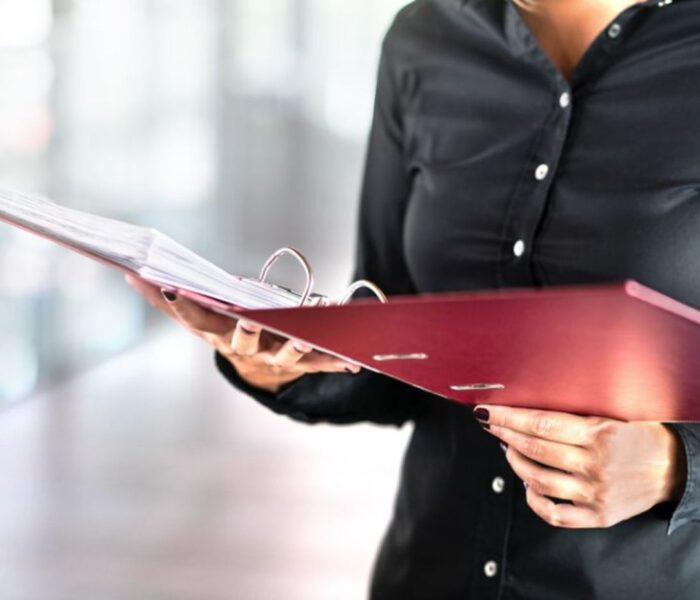 Entenda o que faz um cerimonialista e tudo o que você precisa saber antes de contratar esse serviço